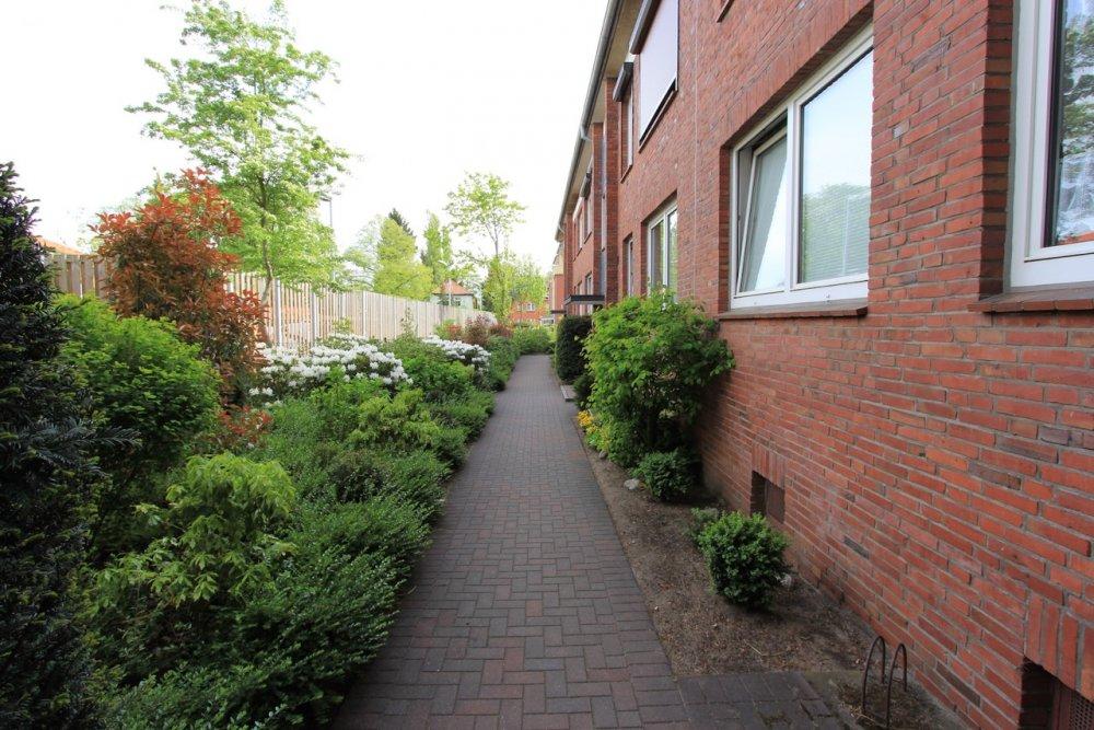 Farmsen-Berne, 2-1/2-Zimmer-Wohnung mit Terrasse, EBK, Vollbad, frei lieferbar!